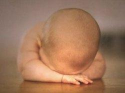 bayi sedih