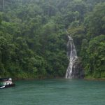 Percutian di Tasik Kenyir di Terengganu