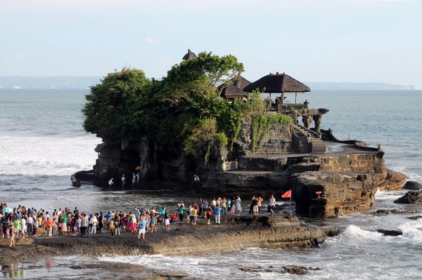 Tanah Lot Air Pasang