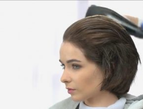 perempuan rambut pendek